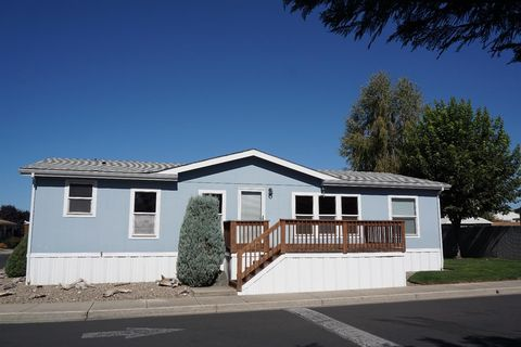 Medford or mobile manufactured homes for sale realtor for 1525 terrace dr medford or