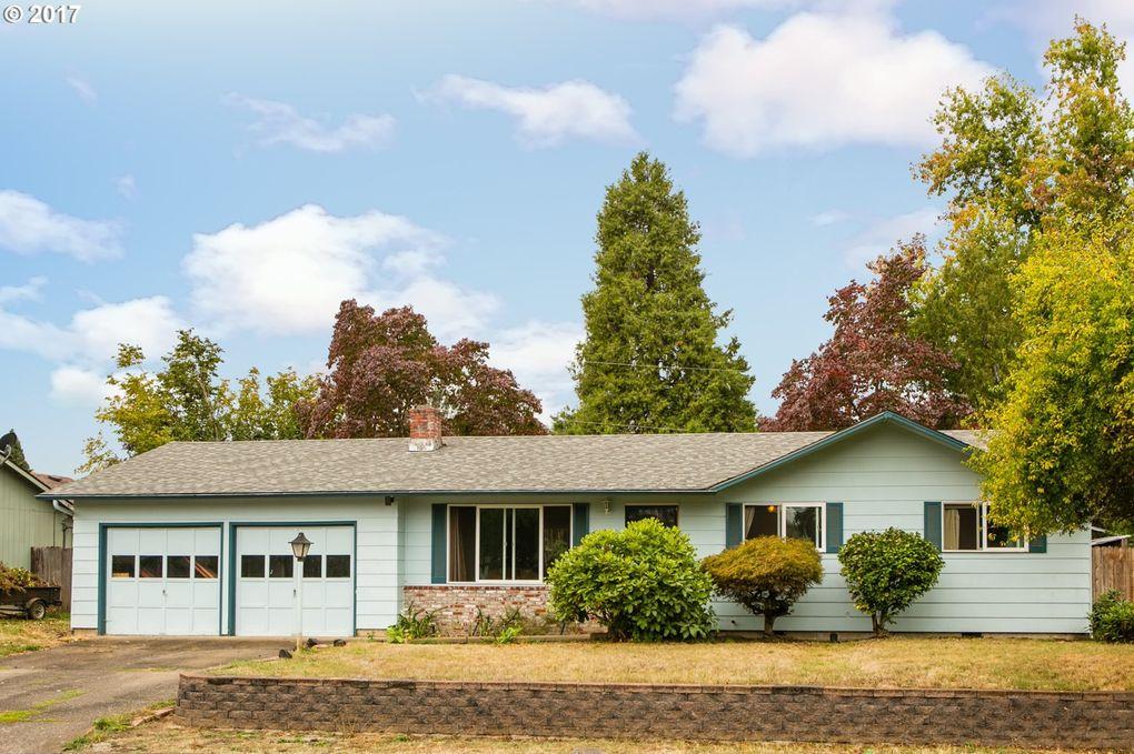 4422 Scottdale St, Eugene, OR 97404