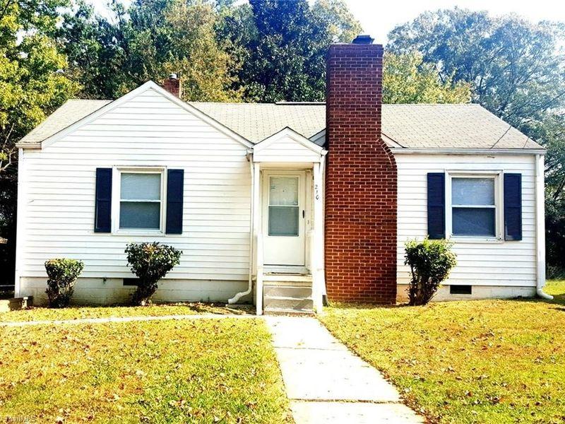 210 shaw st greensboro nc 27401 home for sale real estate. Black Bedroom Furniture Sets. Home Design Ideas
