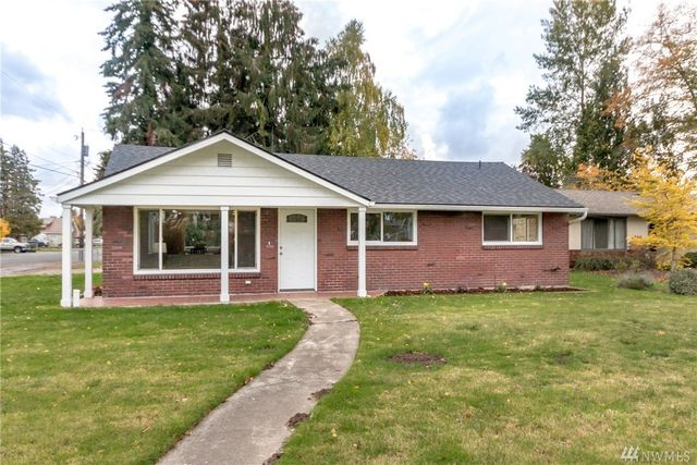 1604 w pioneer puyallup wa 98371 for Home builders in puyallup wa