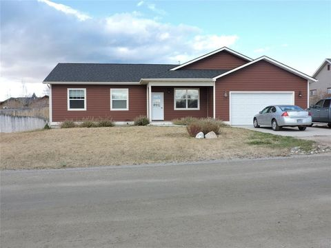 513 Tolson Ln, Sheridan, MT 59749