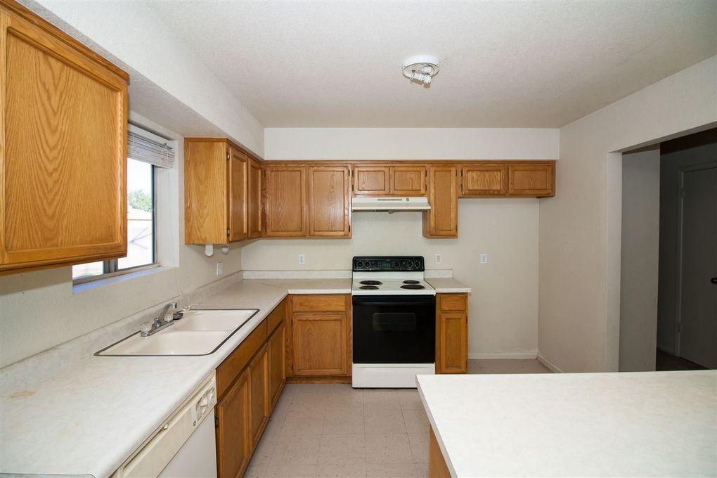 2134 s 44th ave yuma az 85364 for Kitchen cabinets yuma az