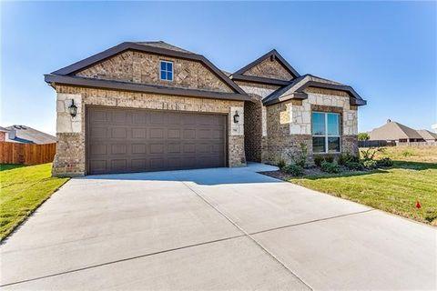 708 Waterford Way, Joshua, TX 76958