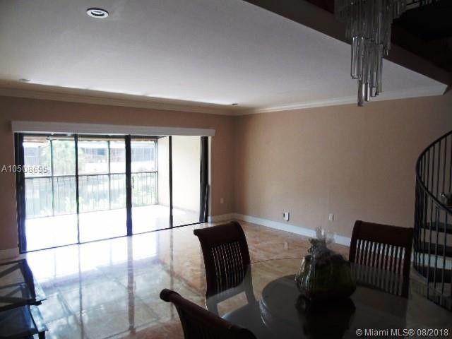 15077 Montrose Rd, Miami Lakes, FL 33016