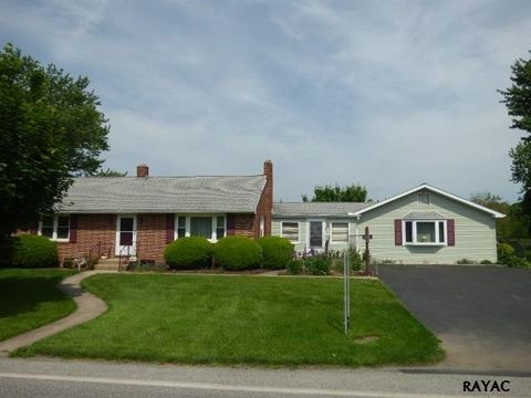820 Butter Rd, Dover, PA 17315