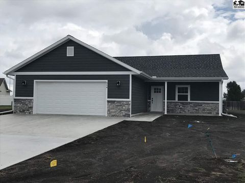 Photo of 514 Ash Ct, Galva, KS 67443