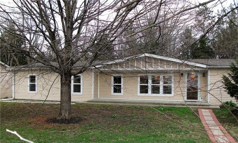 10592 Cyntheanne Rd, Fortville, IN 46040