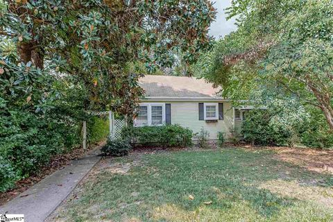 Photo of 234-a Cammer Ave, Greenville, SC 29605