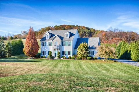 3888 Beeline Dr, Lower Saucon Township, PA 18015