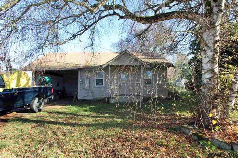 1545 Thurston St Se, Albany, OR 97322