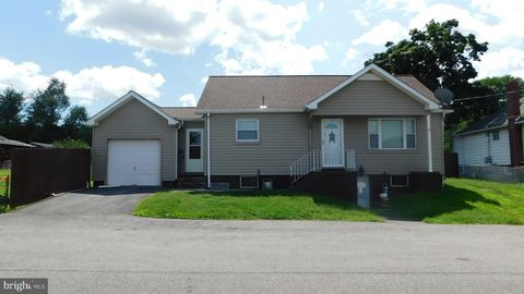 108 Highland Ave, Wiley Ford, WV 26767