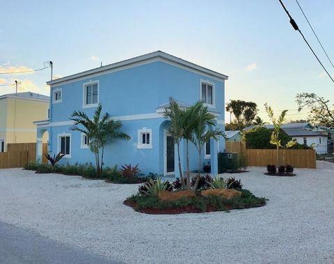 1315 Royal Palm Dr, Key Largo, FL 33037