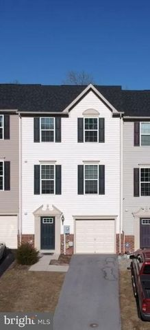 Photo of 139 Gauley River Path, Falling Waters, WV 25419