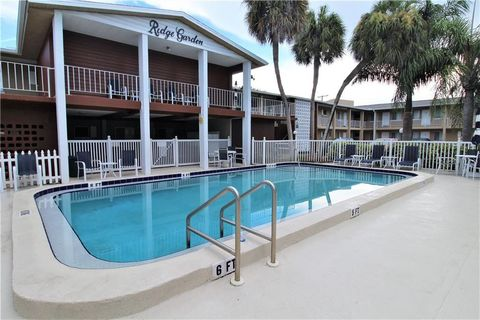 Photo of 3001 Bee Ridge Rd Apt 211, Sarasota, FL 34239
