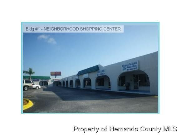 82 Commercial Way, Spring Hill, FL 34606