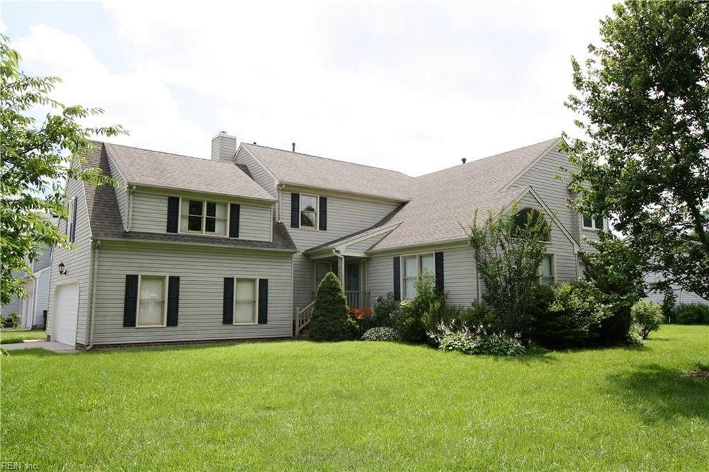1112 Highlands Ct, Chesapeake, VA 23320