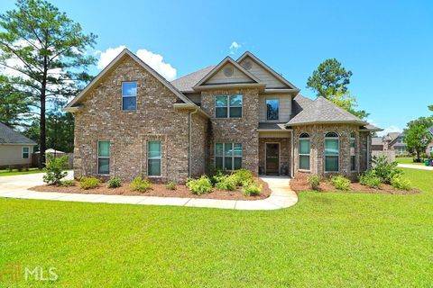 Perry GA Homes With Special Features