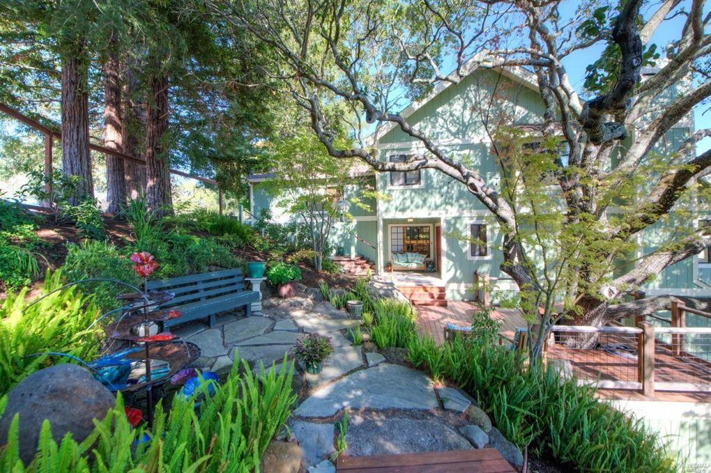 27 Oak View Ct, Novato, CA 94947 - realtor.com®