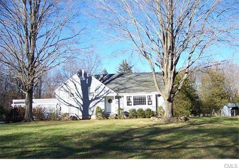 32 Old Farm Rd, Wilton, CT 06897