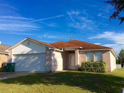 102 Sandstone Trl, Crestview, FL 32539