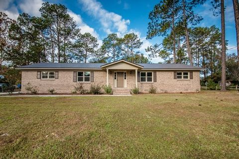 Photo of 3009 Academy Dr, Valdosta, GA 31605