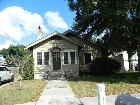 513 E Washington Ave, Eustis, FL 32726