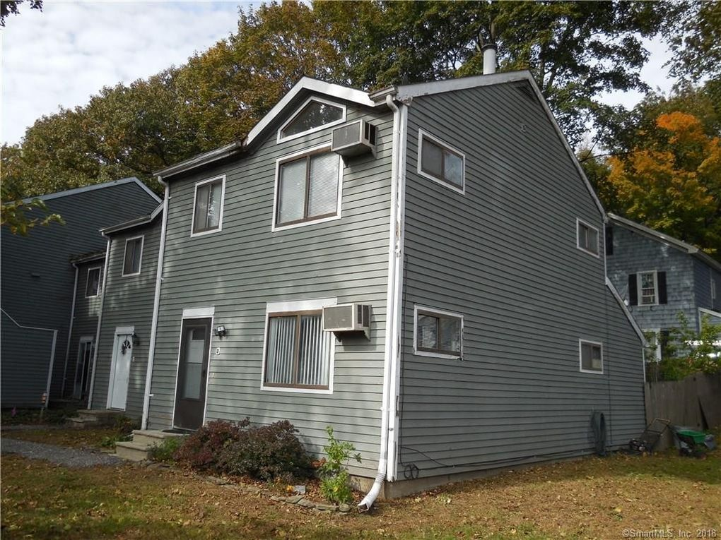 5 Ellsworth Ave Apt D, Danbury, CT 06810