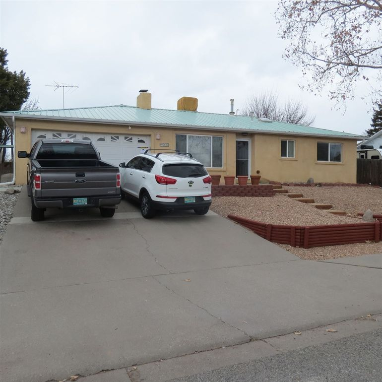 108 Aragon Ave Los Alamos, NM 87547