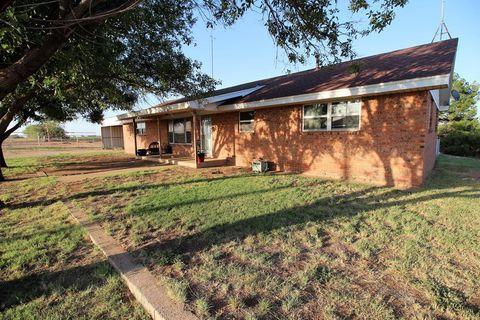 Photo of 504 N Spang, Westbrook, TX 79565
