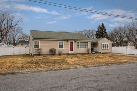Photo of 69 Mailloux Ter, Dracut, MA 01826