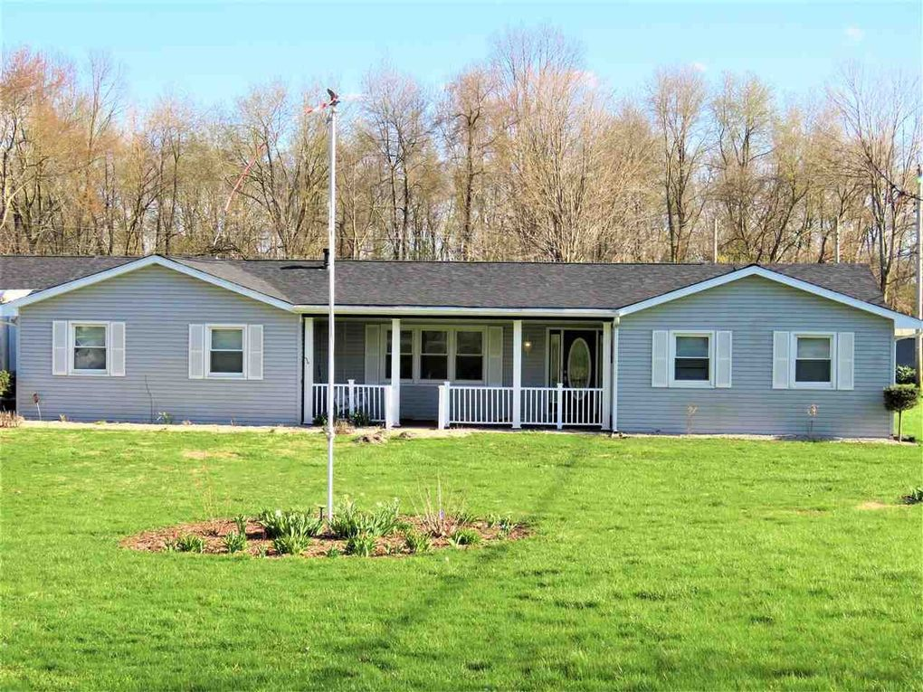 905 W South Dr, Knightstown, IN 46148