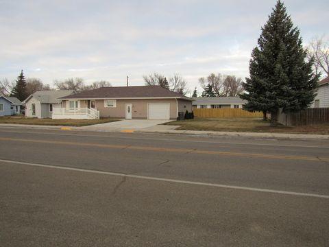 Photo of 310 1st Ave W, Plentywood, MT 59254