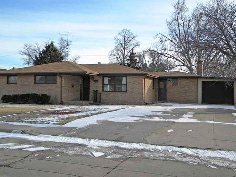 2212 W D St, North Platte, NE 69101
