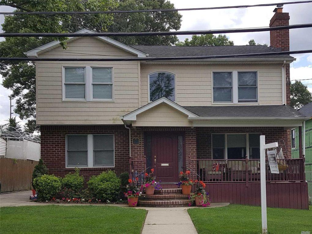 424 Maple St West Hempstead, NY 11552