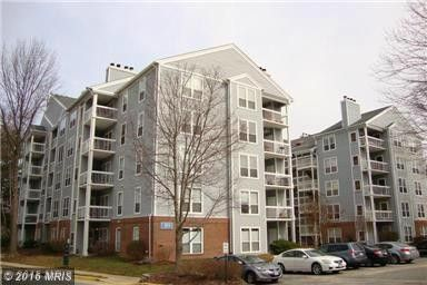 3175 Summit Square Dr Unit 5 A4, Oakton, VA 22124