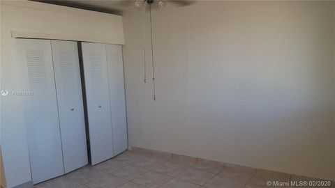 Photo of 4610 Sw 40th St Unit 1, West Park, FL 33023