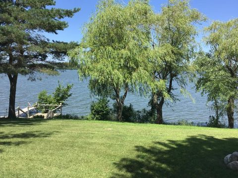 Photo of 5130 Waterfront Dr, Browns Valley, MN 56219