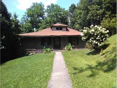 Photo of 3401 Rockhouse Rd, Coeburn, VA 24230