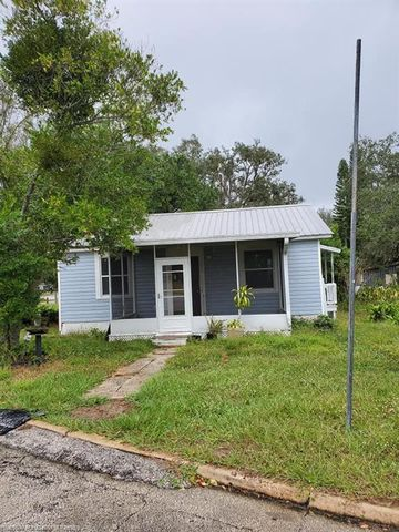 Photo of 2024 Steiner Ave, Sebring, FL 33870
