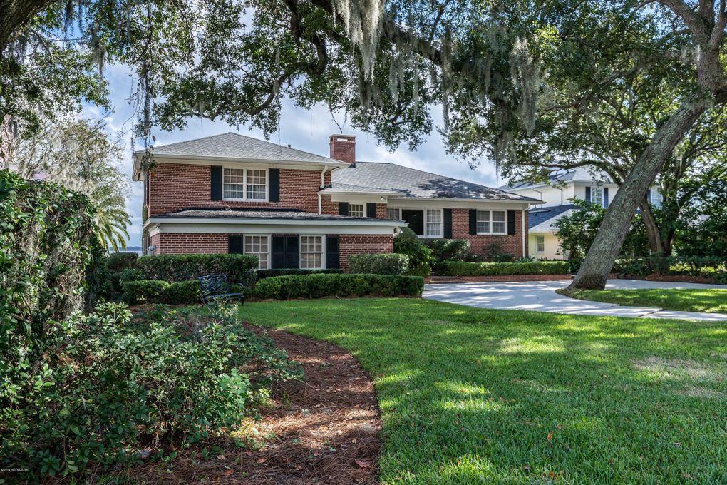 1839 Woodmere Dr Jacksonville, FL 32210