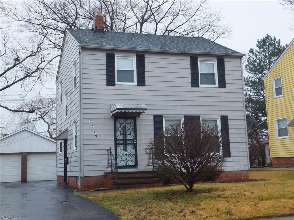 5209 E 119th St Garfield Heights, OH 44125