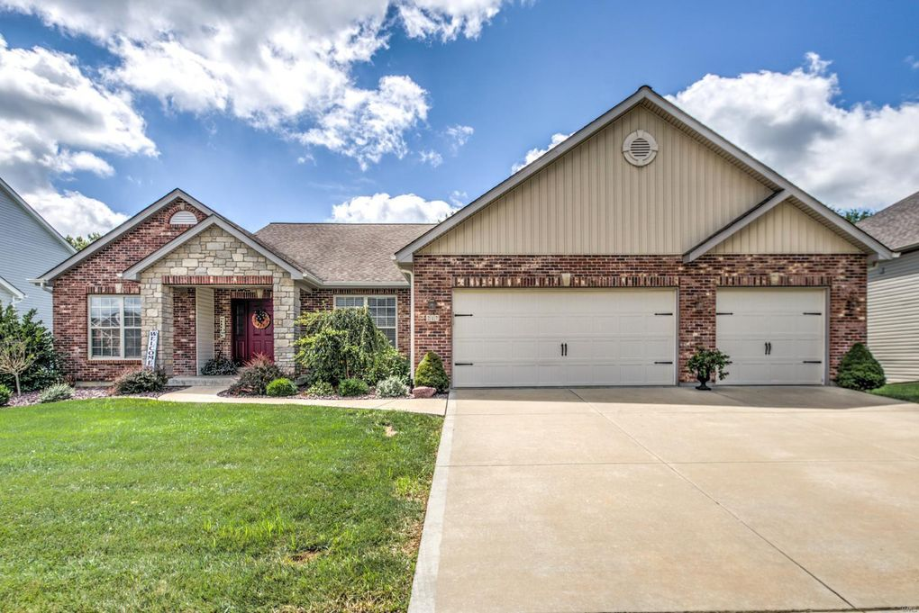 217 Victoria Park Ave Foristell, MO 63385