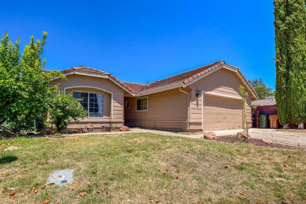 8717 Sunnycrest Ct Elk Grove, CA 95624