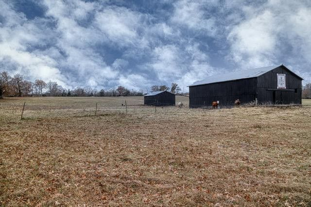 9565 Winchester Rd, Clay City, KY 40312
