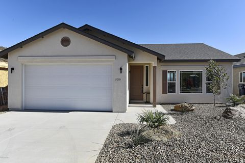 Photo of 2010 Northstar Dr, Clarkdale, AZ 86324