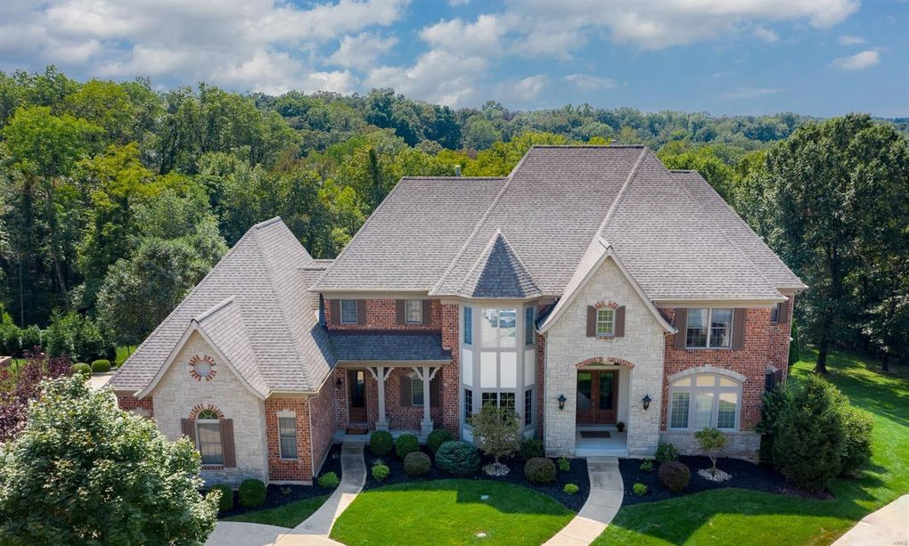 16757 Eagle Bluff Ct Chesterfield, MO 63005