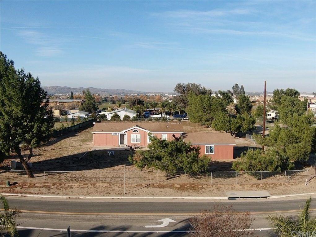 20125 El Nido Ave Perris, CA 92571