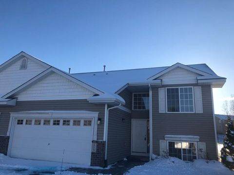 Photo of 459 Meadow Ln, Somerset, WI 54025