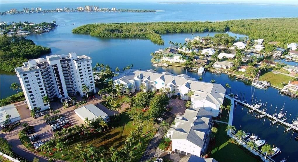 18092 San Carlos Blvd Apt 911 Fort Myers Beach, FL 33931