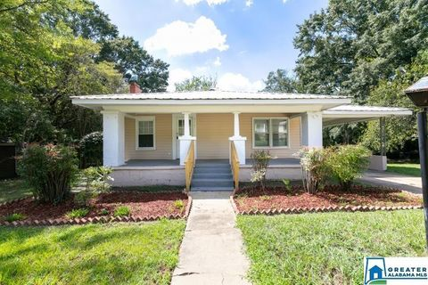 Photo of 916 3rd Ave, Pleasant Grove, AL 35127